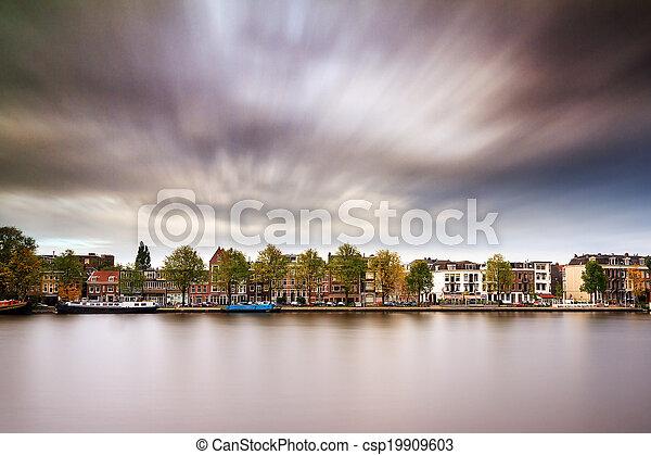 Amstel cloudscape - csp19909603