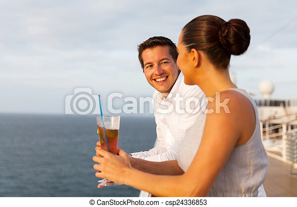 amusement, couple, avoir, nouveau marié, croisière - csp24336853