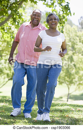 amusement, couple, parc, personne agee, avoir - csp1903066