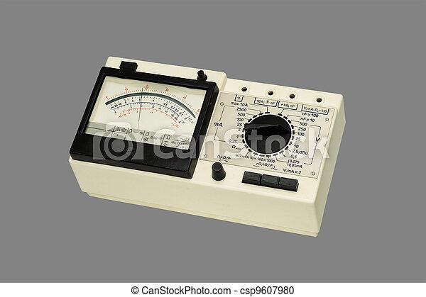 Multímetro de análisis. - csp9607980