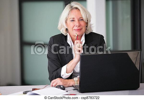 An experienced businesswoman - csp8783722