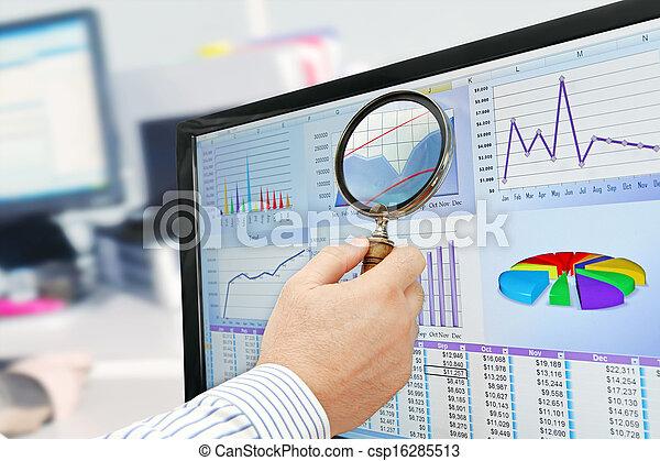analyser, données ordinateur - csp16285513
