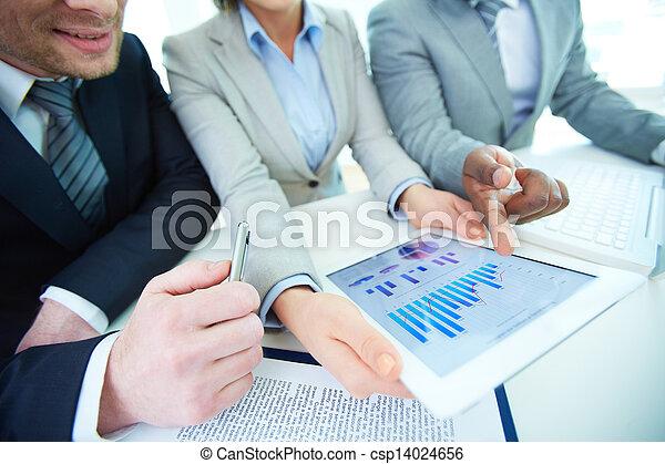 analysieren, ergebnisse - csp14024656