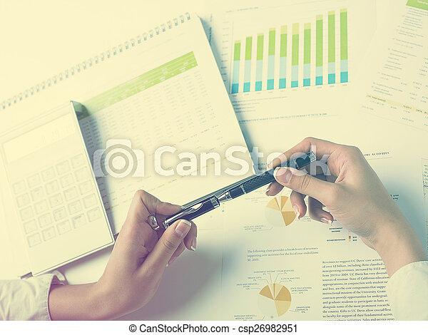 Analysieren - csp26982951
