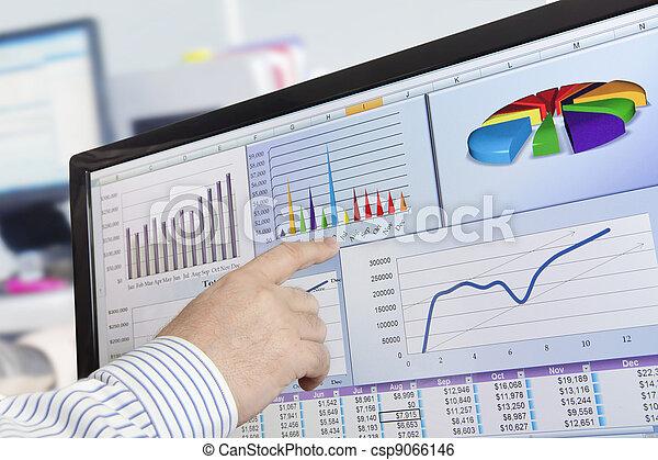 analyzing, computer gegevens - csp9066146