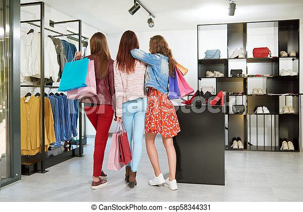 andare, backview, shopping., ragazze - csp58344331
