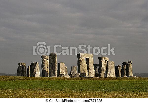 angleterre, royaume-uni, stonehenge - csp7571225
