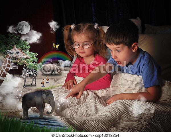 animales, niños, tiempo de cama - csp13219254