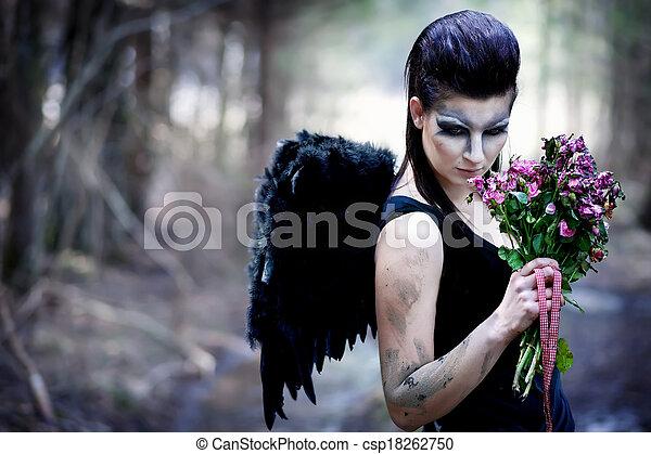 anjo caído - csp18262750