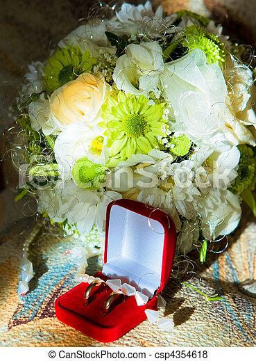 anneau mariage images rechercher photographies et clipart csp4354618. Black Bedroom Furniture Sets. Home Design Ideas