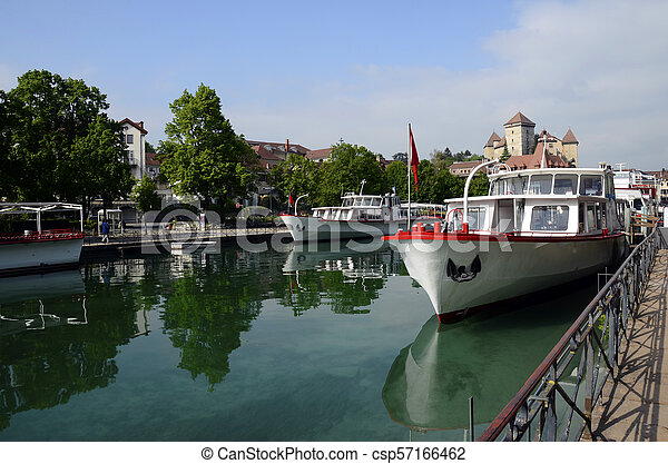 Annecy city, Thiou canal, boats and castle, Savoy, France - csp57166462