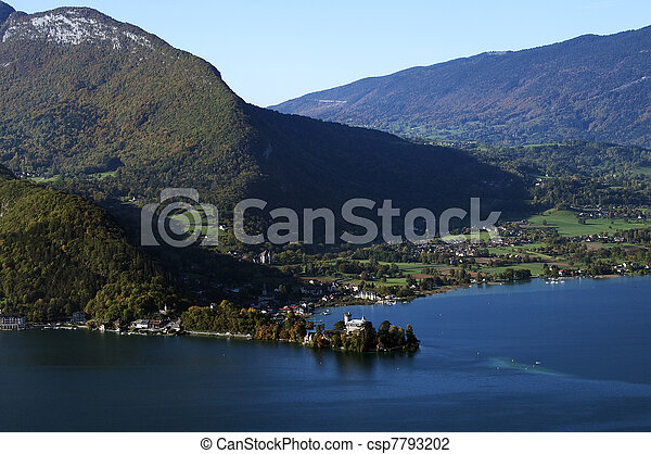 Annecy lake : castel of Duingt - csp7793202