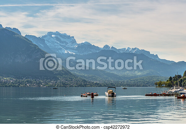 Annecy Lake in French Alps - csp42272972