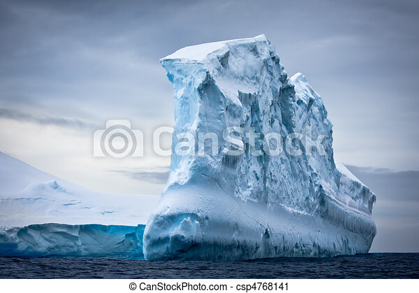 Antarctic iceberg - csp4768141