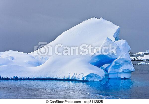 Antarctic iceberg  - csp5112825