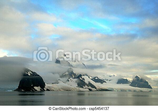 antarctic landscape - csp5454137