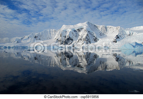 antarctic landscape - csp5915856