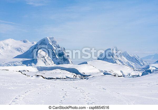 Antarctic mountain range - csp6654516