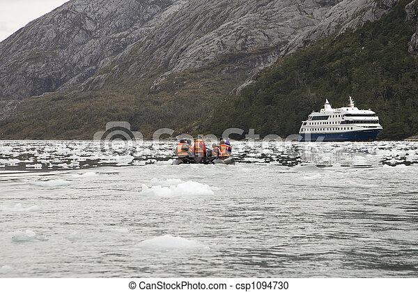 antarctica excursion - csp1094730