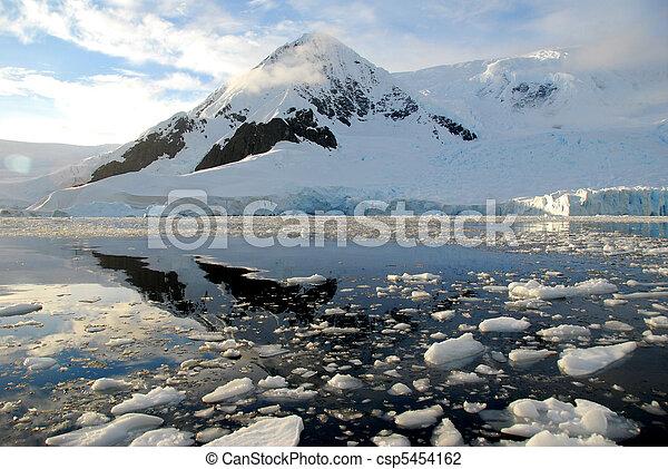 antarctica over the water - csp5454162