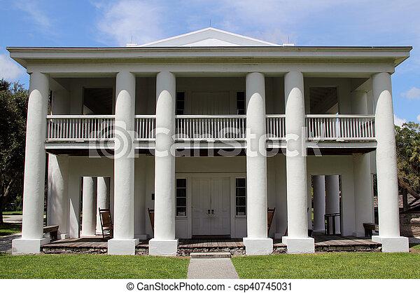 Antebellum Plantation Home - csp40745031
