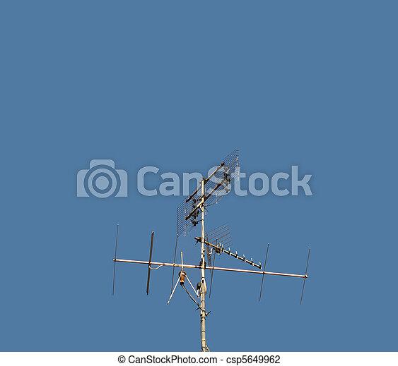 antena aérea de TV - csp5649962