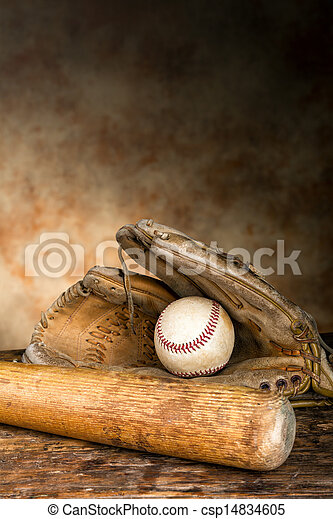 Equipo de béisbol antiguo - csp14834605
