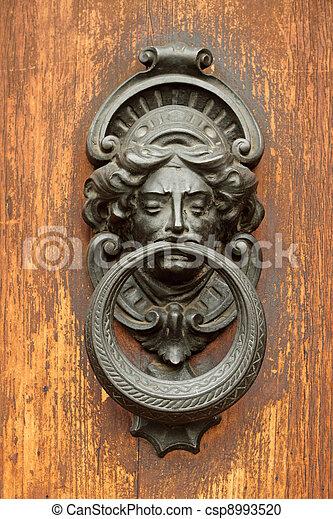 antigüidade, elegante, aldrava porta - csp8993520