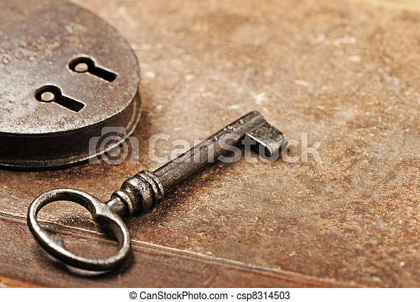 Antique Padlock with key - csp8314503