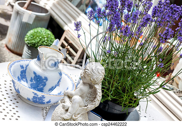 Antiques and knick-knacks - csp24462222