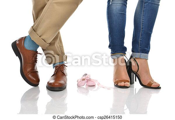 anya, atya, csecsemő lábfej, emelet, várakozás, cipők - csp26415150