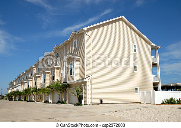 Apartment house in the Southern USA - csp2372003