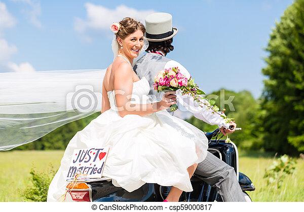 apenas, scooter, casado, motor, par casando - csp59000817