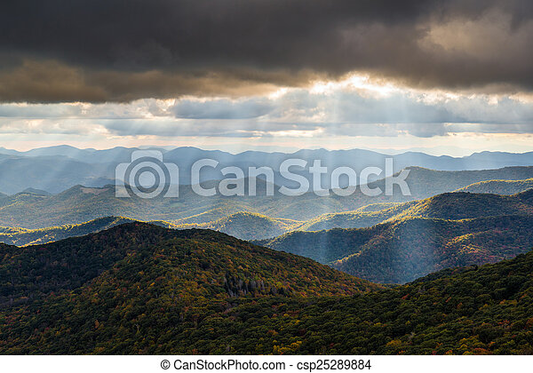 Appalachian Mountain Landscape Western North Carolina Blue Ridge - csp25289884