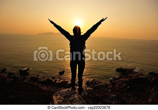 applauso, donna, aprire bracci, alba - csp22023678