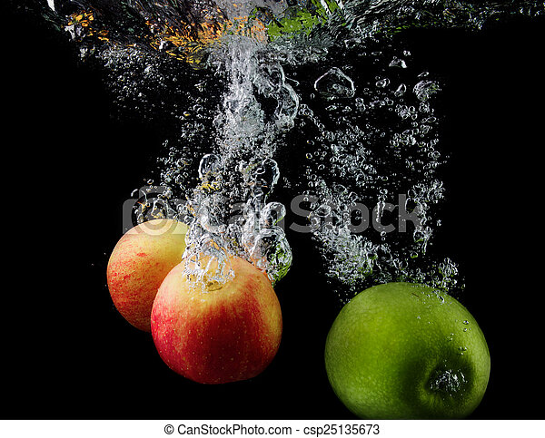 Apples in water - csp25135673