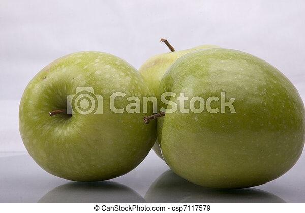 apples - csp7117579