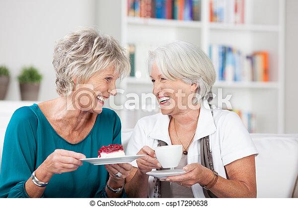 apreciar, senhoras, copo, chá, dois, idoso - csp17290638