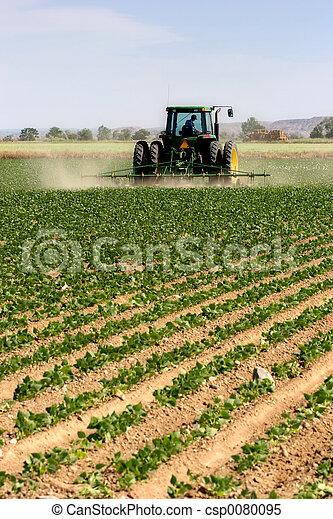 Tractor arando - csp0080095