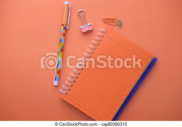 arancia, penna, aperto, blocco note, colorare - csp80390310