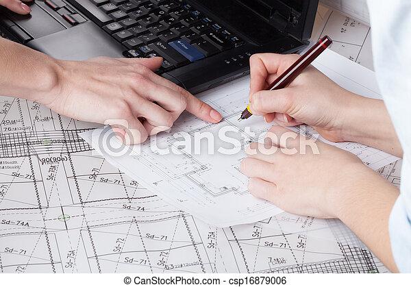 Suche Architekten arbeit architekten arbeit edv pläne architekten stockfotografie