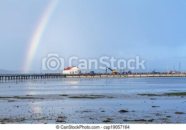 arc-en-ciel, sur, côte, appartements boue, marée - csp19057164