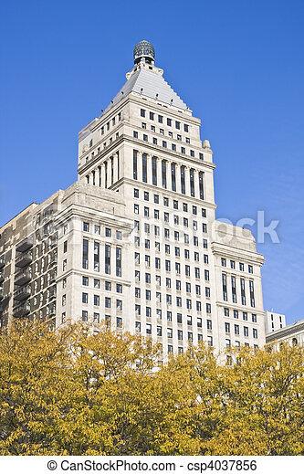 Architecture along Michigan Avenue - csp4037856
