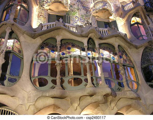 architectuur, barcelona, 2005 - csp2493117
