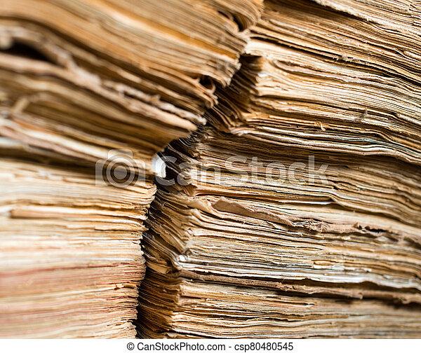 archivo, viejo, papel, documentos - csp80480545