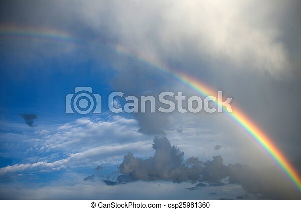 Nubes con arco iris - csp25981360
