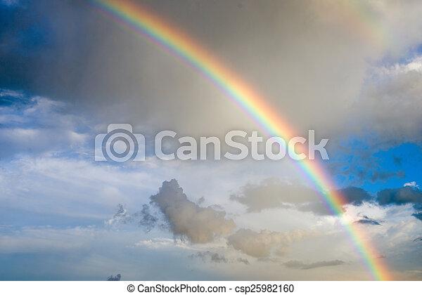Nubes con arco iris - csp25982160