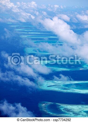 Ari atolón, maldivas - csp7734292