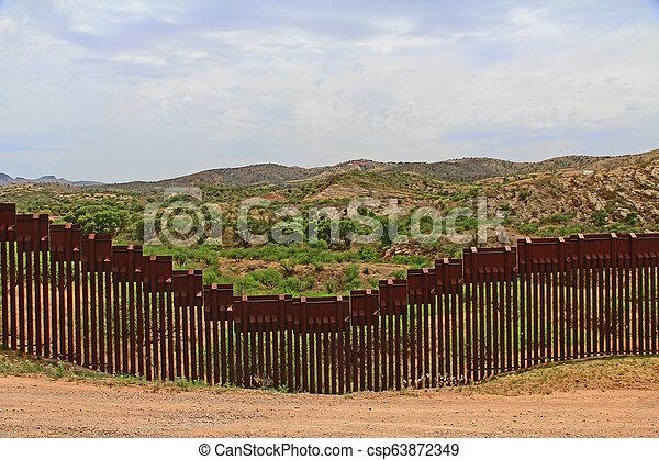 Cerca de Nogales, Arizona - csp63872349