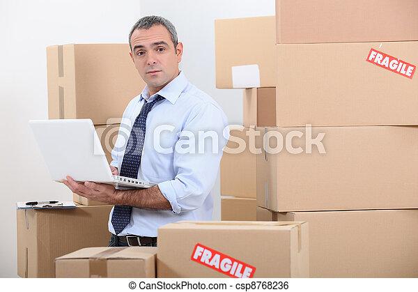 armazém, trabalhador - csp8768236